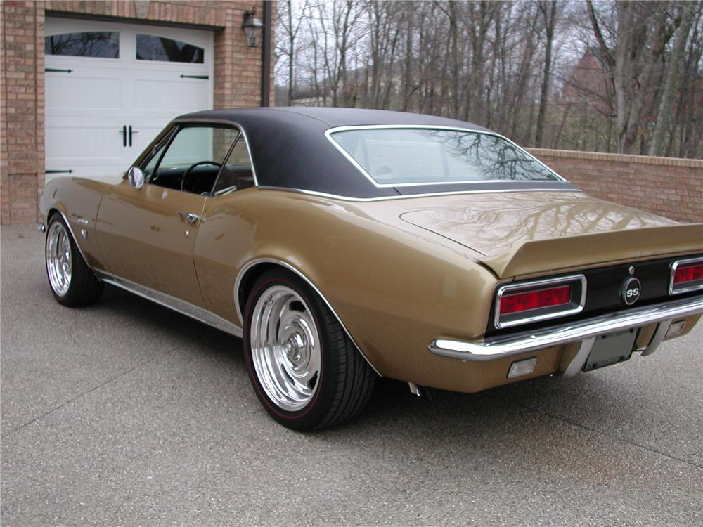 1967 CHEVROLET CAMARO CUSTOM COUPE - Rear 3/4 - 93698