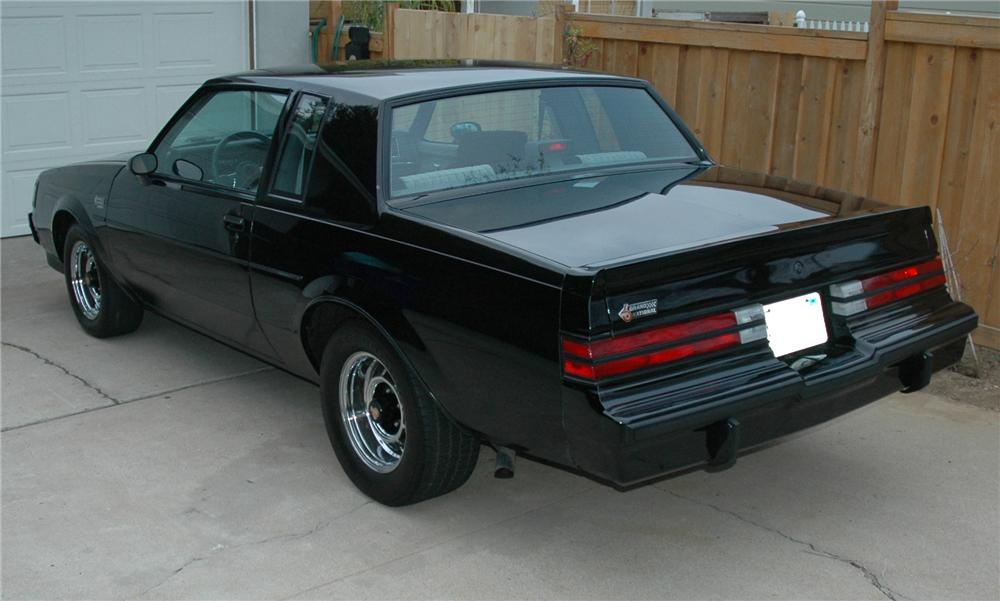 1987 BUICK GRAND NATIONAL T-TOP COUPE - Rear 3/4 - 93853