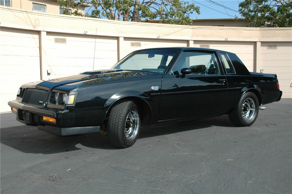 1987 BUICK GRAND NATIONAL T-TOP COUPE - Side Profile - 93853