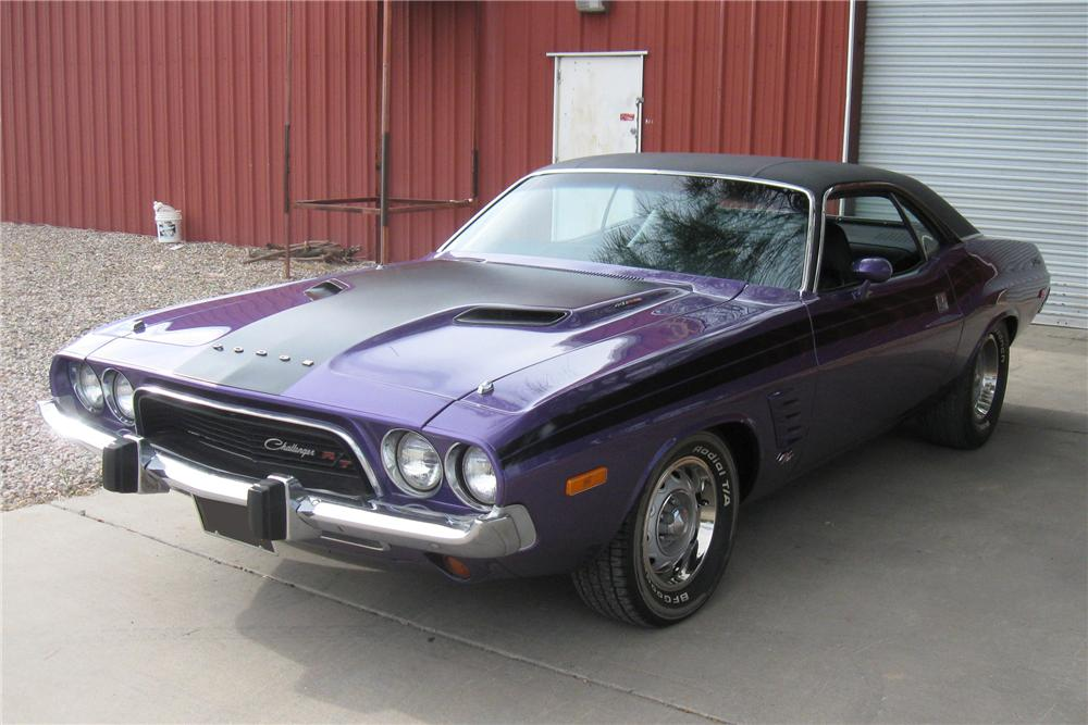 1973 DODGE CHALLENGER CUSTOM 2 DOOR HARDTOP - Front 3/4 - 93855