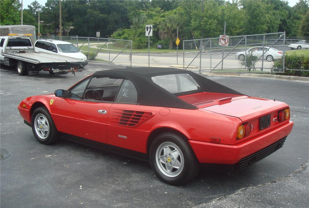1986 FERRARI MONDIAL CONVERTIBLE - Rear 3/4 - 93871
