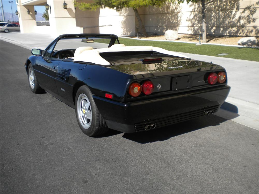 1989 ferrari mondial t cabriolet 93923. Black Bedroom Furniture Sets. Home Design Ideas