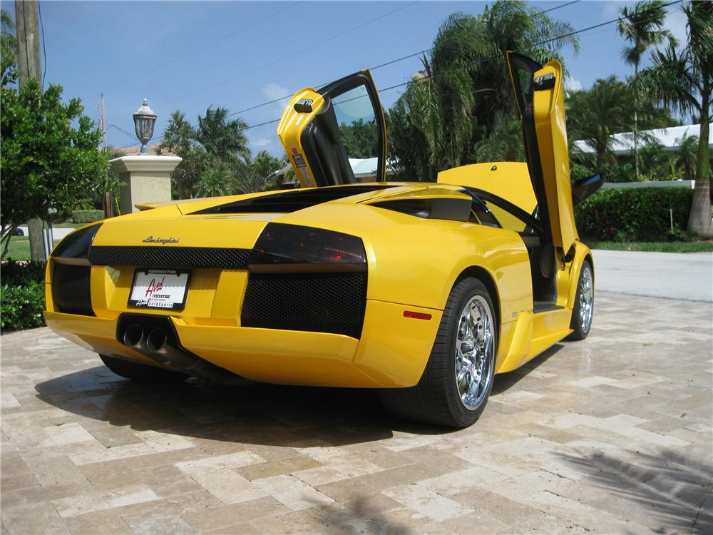 2002 LAMBORGHINI MURCIELAGO 2 DOOR COUPE - Rear 3/4 - 93951