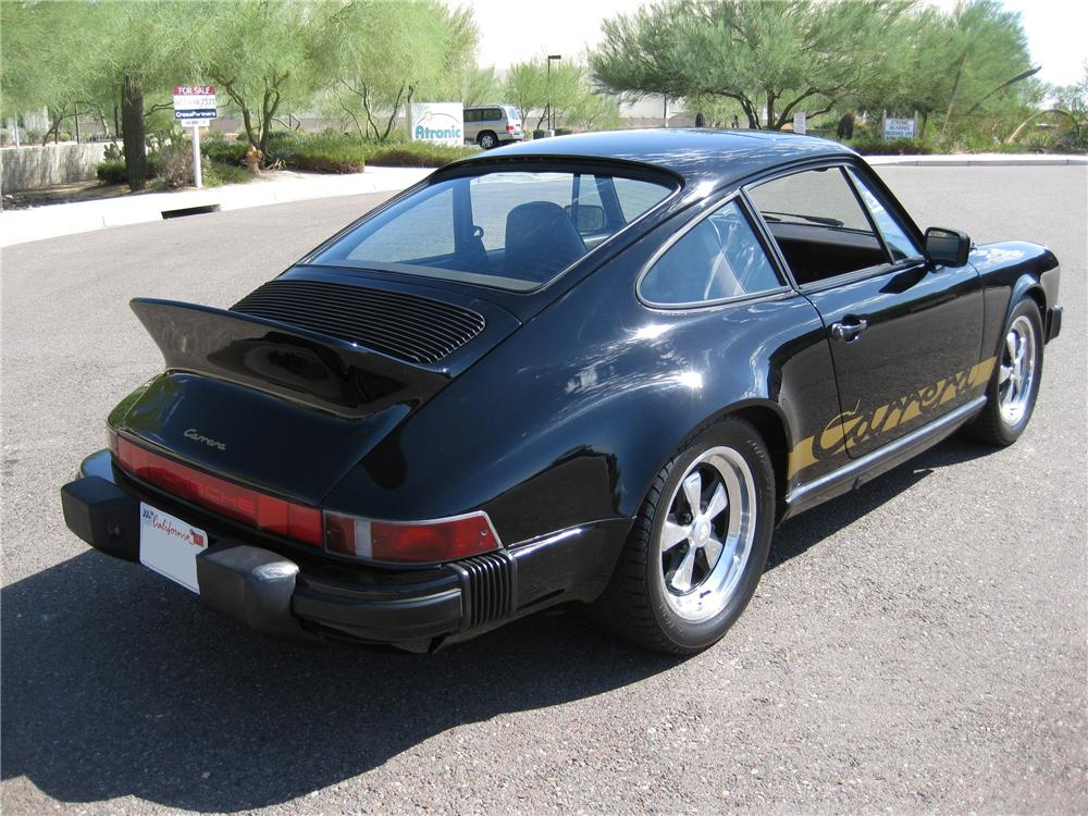 1982 PORSCHE 911 SC CUSTOM COUPE - Rear 3/4 - 94014