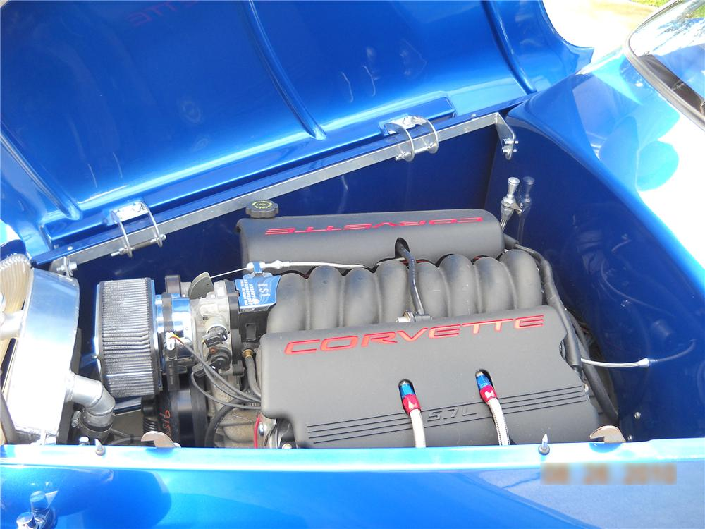 1933 FORD ROADSTER STREET ROD - Engine - 94026