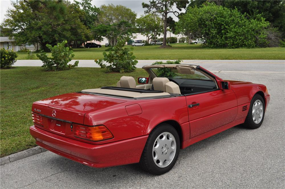 1994 MERCEDES-BENZ 500SL 2 DOOR ROADSTER - Rear 3/4 - 94033
