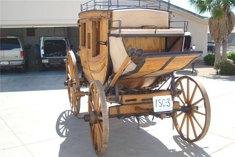 0 STAGE COACH FULL SIZED 1880 STYLE REPLICA - Front 3/4 - 94048
