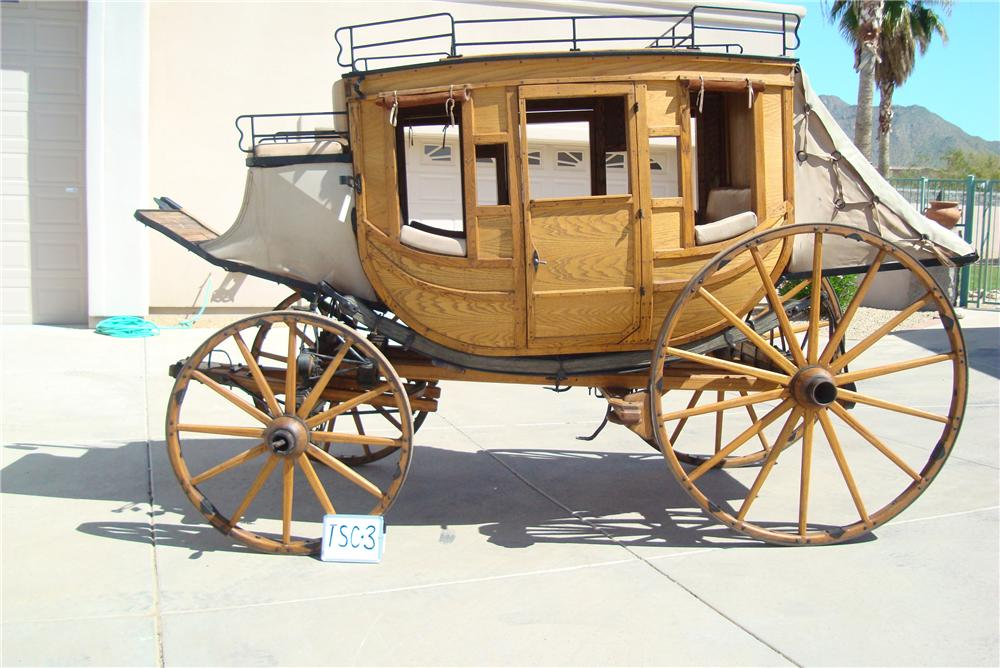0 STAGE COACH FULL SIZED 1880 STYLE REPLICA - Rear 3/4 - 94048