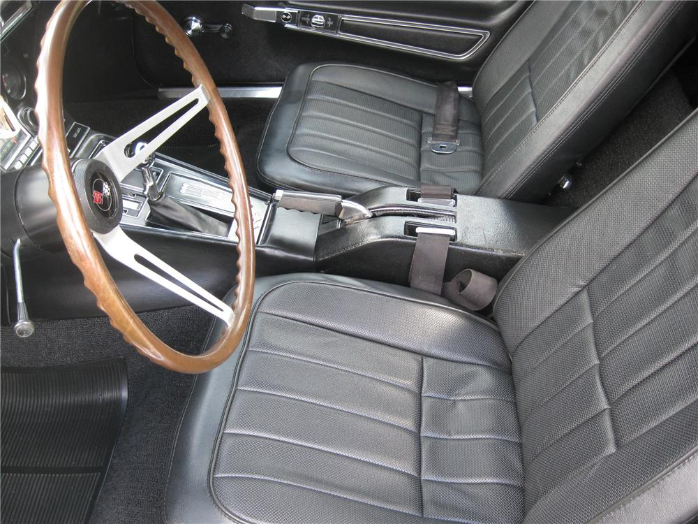 1968 CHEVROLET CORVETTE COUPE - Interior - 94055