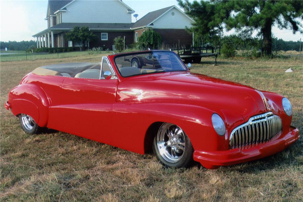 1946 BUICK ROADMASTER CUSTOM CONVERTIBLE - Front 3/4 - 94069