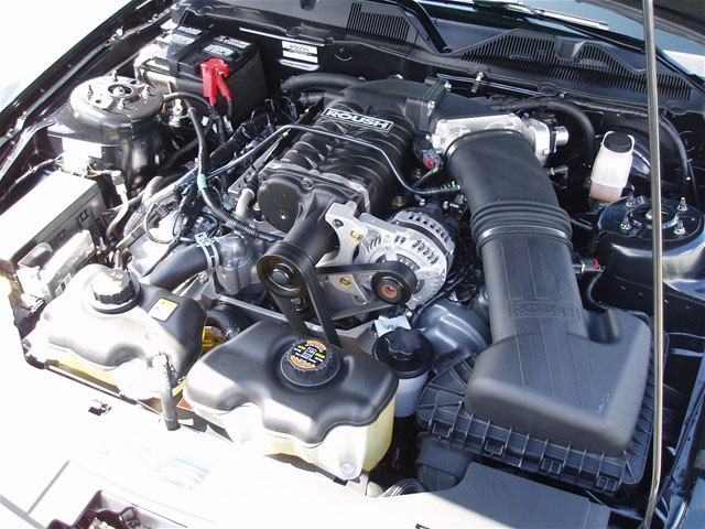 2010 FORD MUSTANG ROUSH COUPE BARRETT-JACKSON EDITION - Engine - 94086