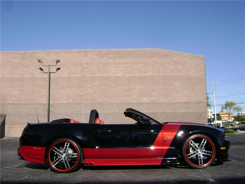 2010 FORD MUSTANG CUSTOM CONVERTIBLE - Front 3/4 - 94199