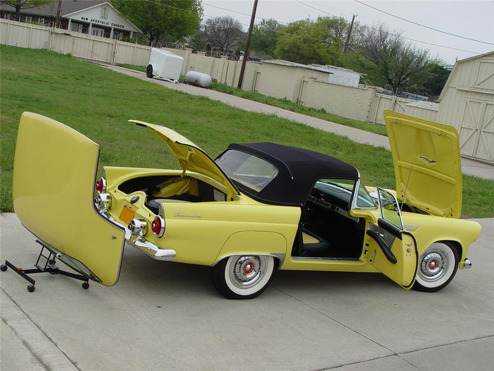 1955 FORD THUNDERBIRD CONVERTIBLE - Rear 3/4 - 96067