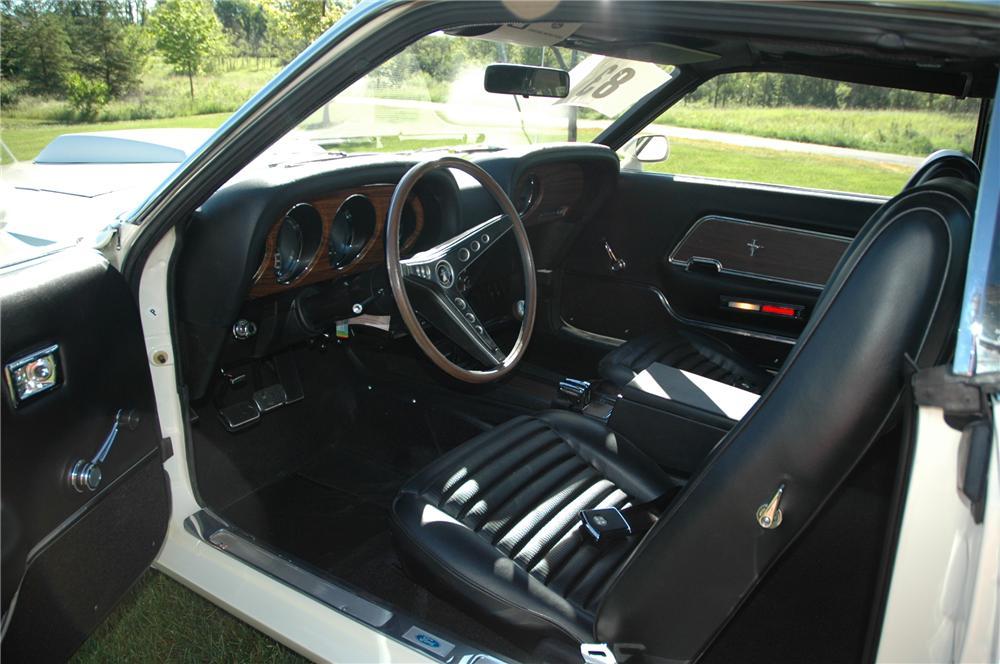 1969 FORD MUSTANG BOSS 429 FASTBACK - Interior - 96076