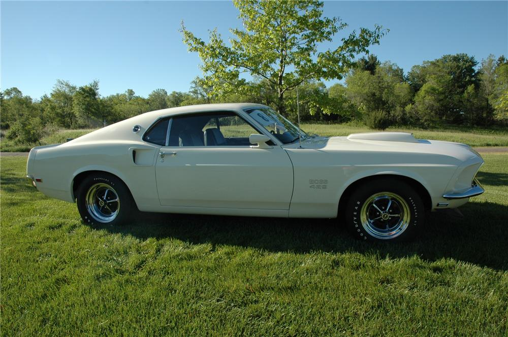 1969 FORD MUSTANG BOSS 429 FASTBACK - Side Profile - 96076