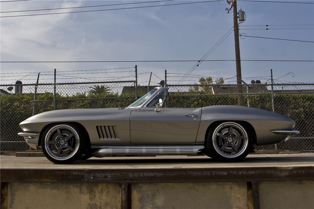 1966 CHEVROLET CORVETTE CUSTOM ROADSTER - Side Profile - 96084