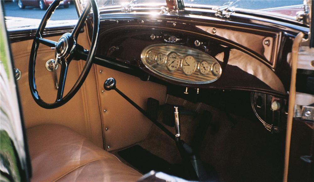 1932 CHRYSLER IMPERIAL CONVERTIBLE SEDAN - Interior - 96092