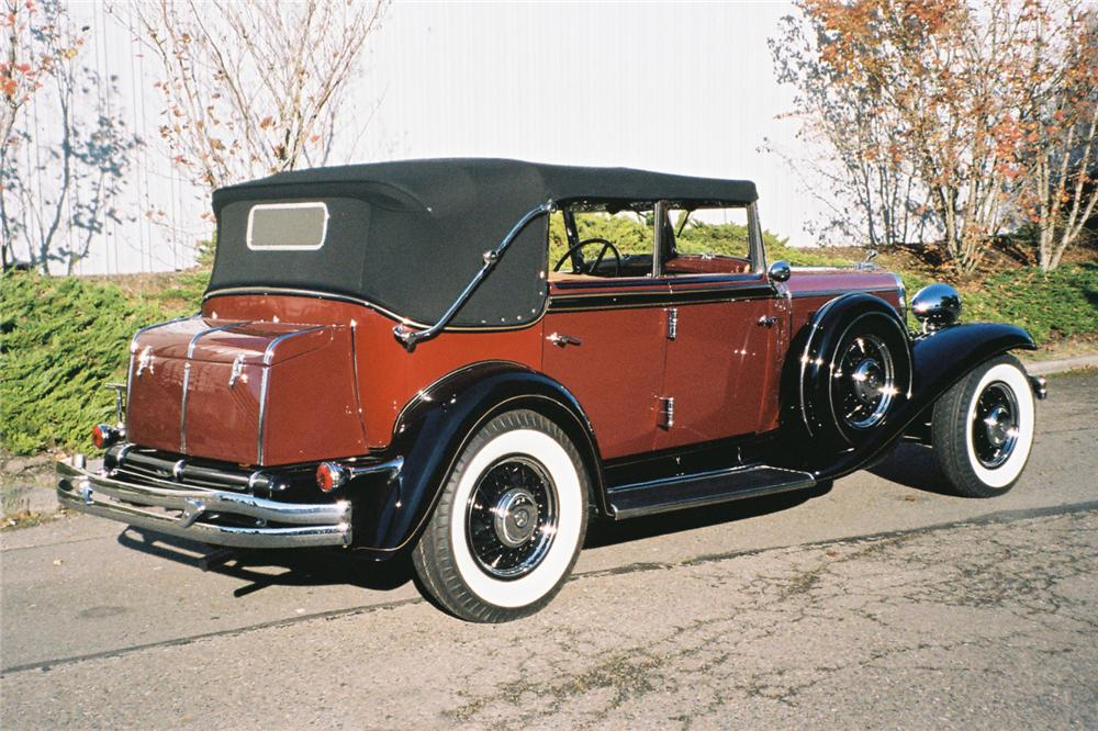 1932 CHRYSLER IMPERIAL CONVERTIBLE SEDAN - Rear 3/4 - 96092