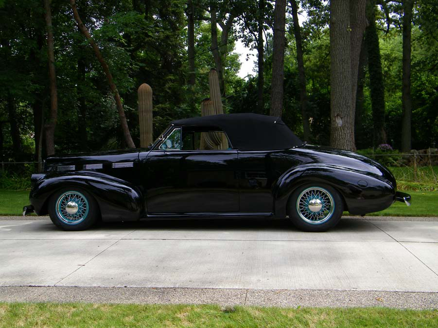 1940 LASALLE 52 CUSTOM CONVERTIBLE - Side Profile - 96097