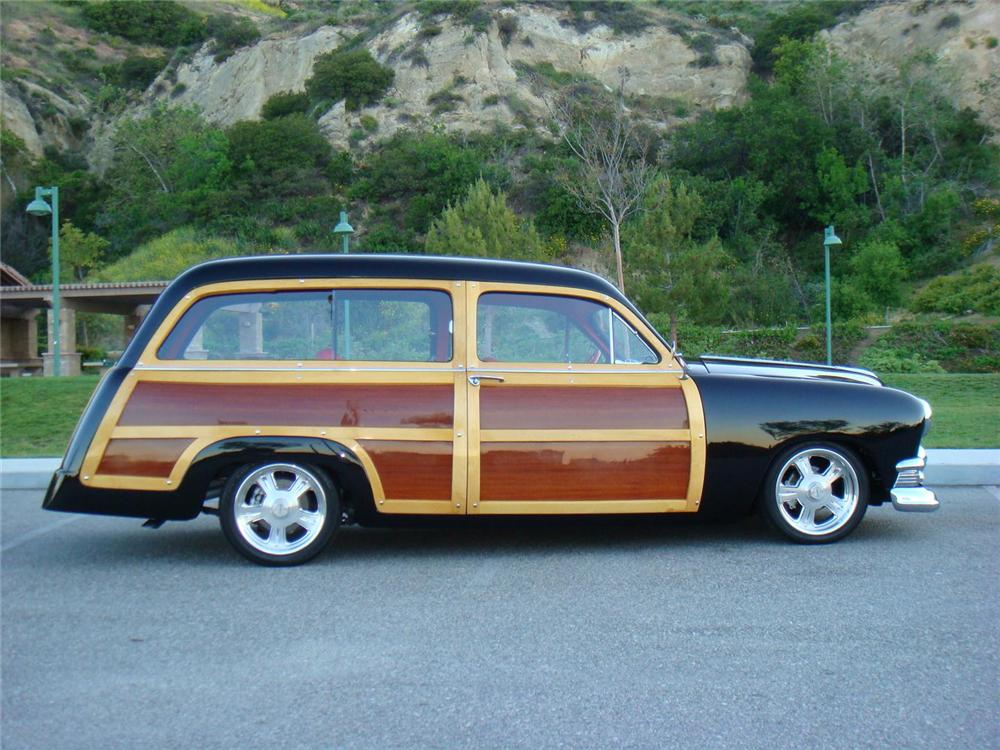 1951 FORD COUNTRY SQUIRE CUSTOM WOODY WAGON - Side Profile - 96106