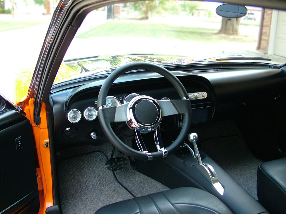 1967 FORD MUSTANG CUSTOM FASTBACK - Interior - 96108