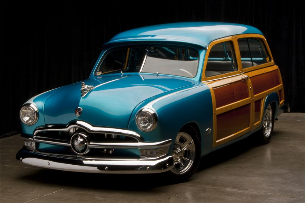1950 FORD COUNTRY SQUIRE CUSTOM WOODIE WAGON - Front 3/4 - 96109