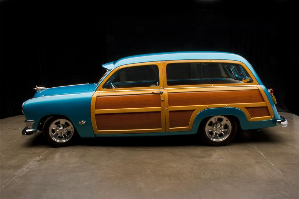 1950 FORD COUNTRY SQUIRE CUSTOM WOODIE WAGON - Side Profile - 96109