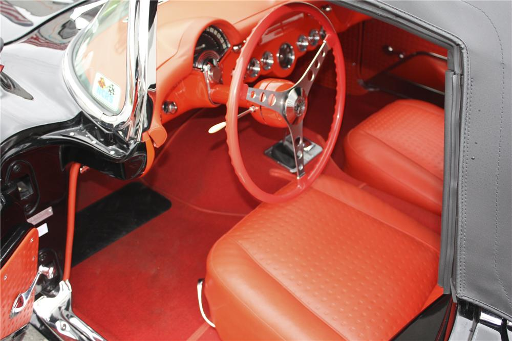 1957 CHEVROLET CORVETTE CONVERTIBLE - Interior - 96113
