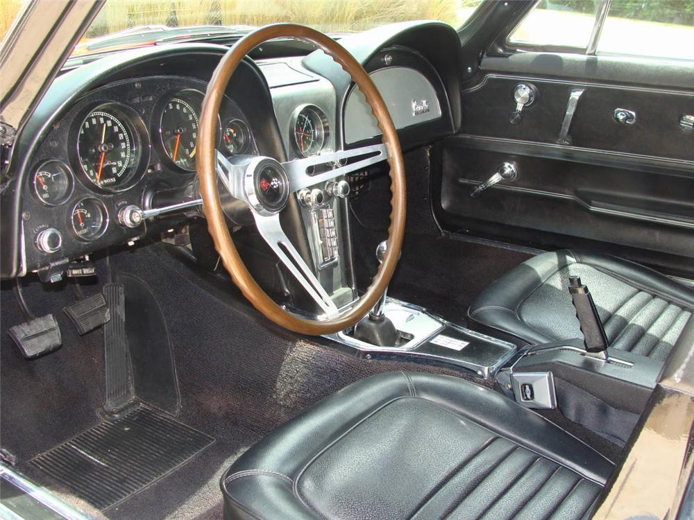 1967 CHEVROLET CORVETTE COUPE - Interior - 96117