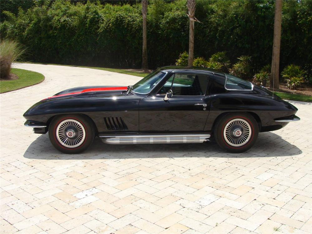 1967 CHEVROLET CORVETTE COUPE - Side Profile - 96117
