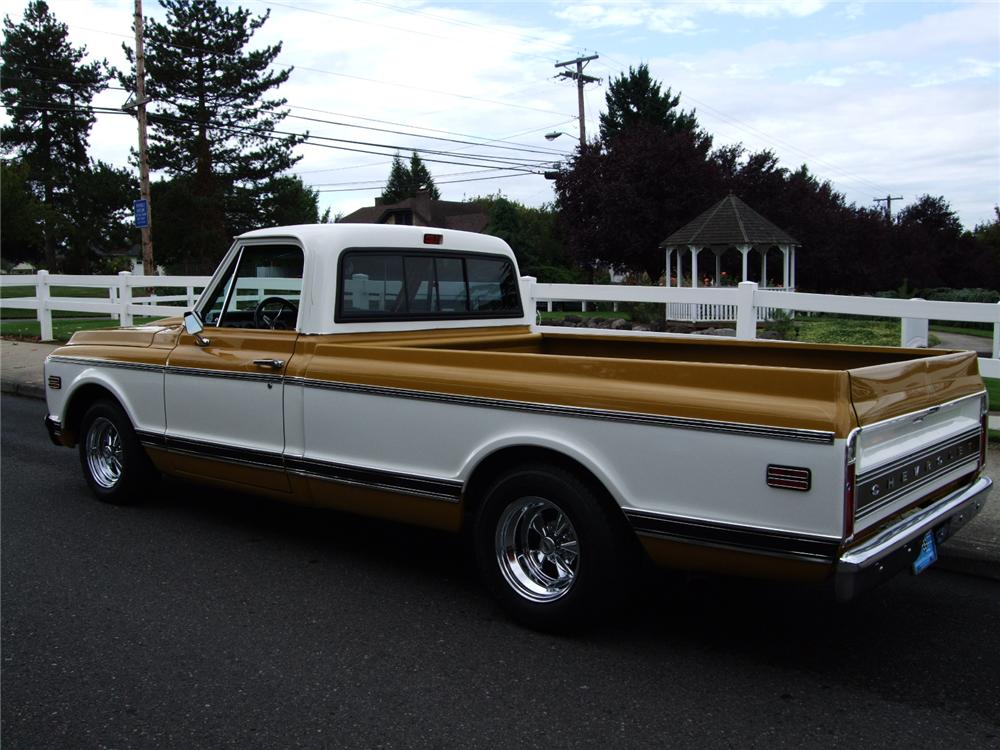 1972 CHEVROLET C-10 CUSTOM PICKUP - Rear 3/4 - 96129