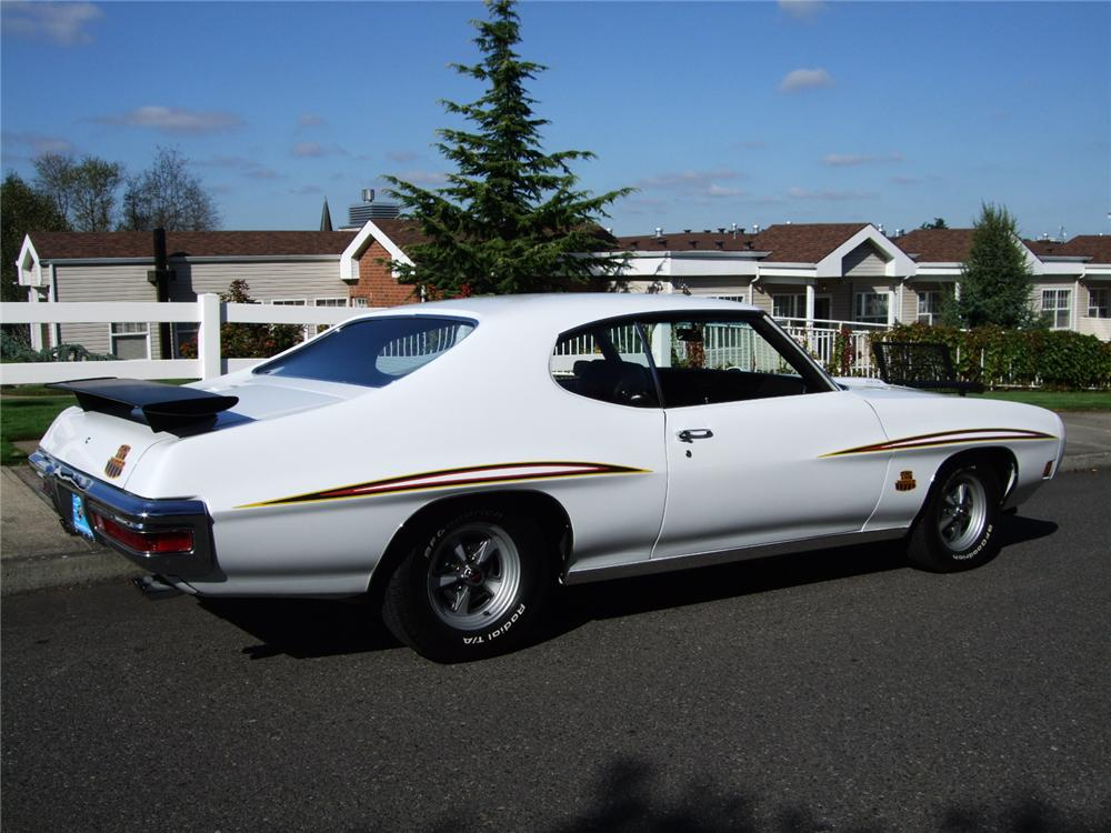 1970 PONTIAC GTO CUSTOM 2 DOOR HARDTOP - Rear 3/4 - 96131