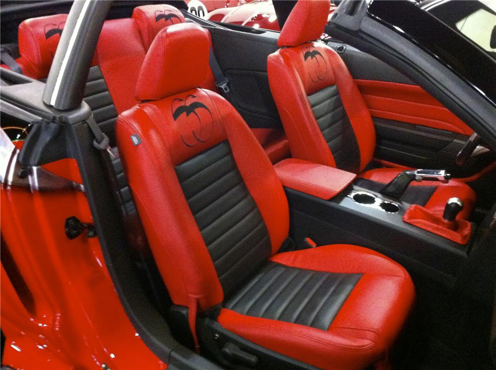 2006 FORD MUSTANG CUSTOM CONVERTIBLE - Interior - 96140