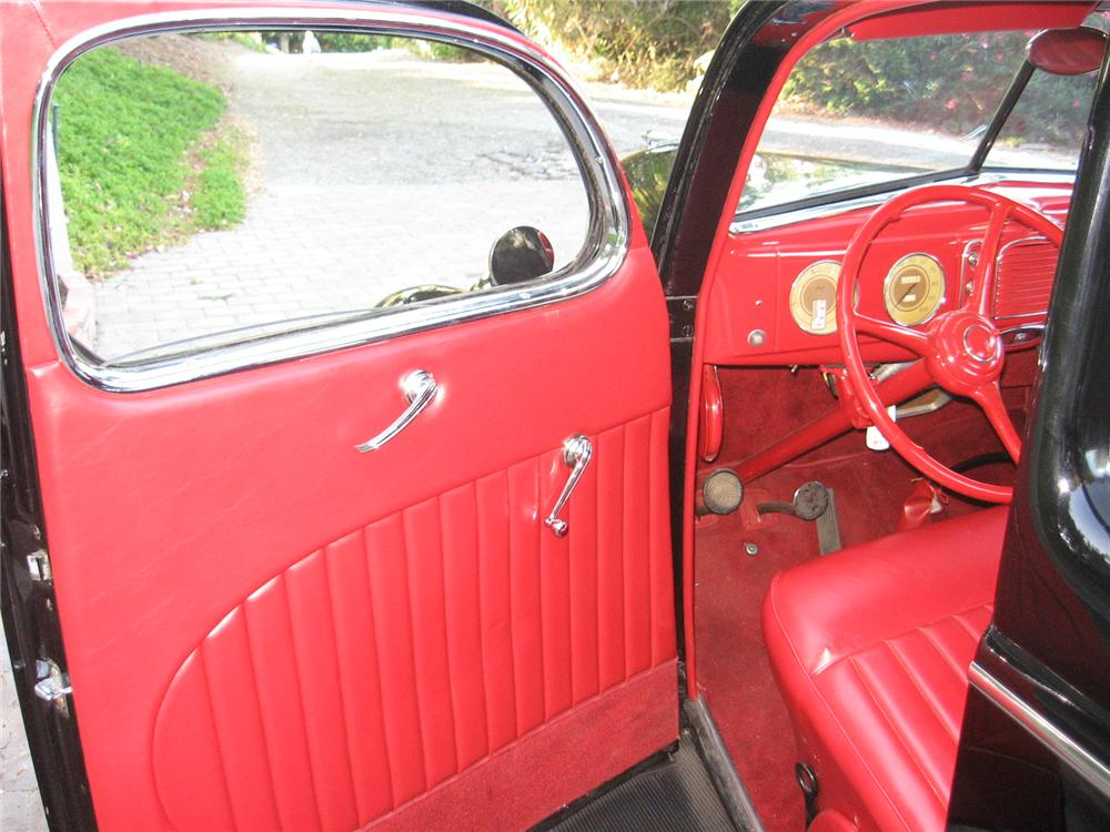 1938 FORD 5 WINDOW CUSTOM COUPE - Interior - 96146