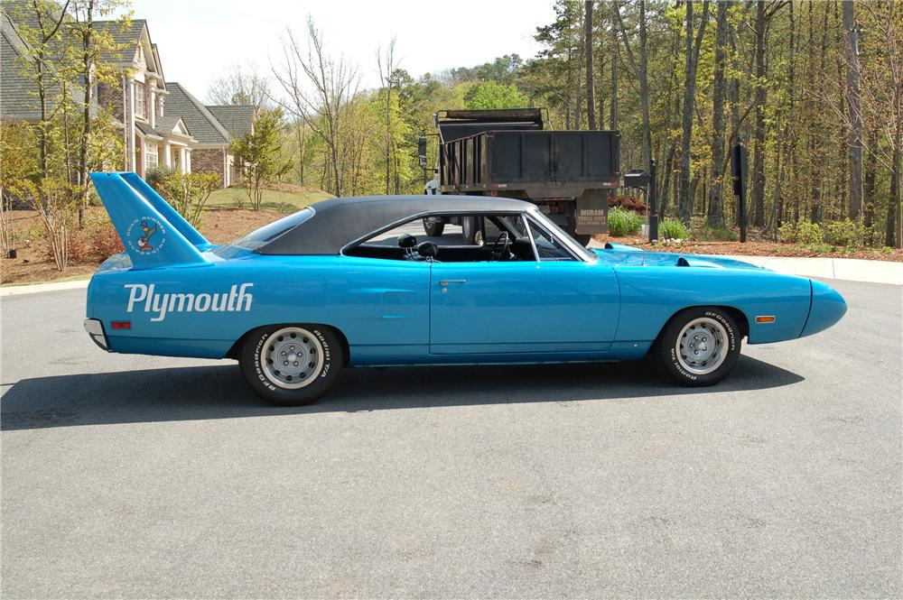 1970 PLYMOUTH SUPERBIRD 2 DOOR COUPE - Side Profile - 96157