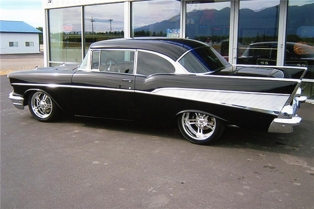 1957 CHEVROLET BEL AIR CUSTOM 2 DOOR HARDTOP - Rear 3/4 - 96162