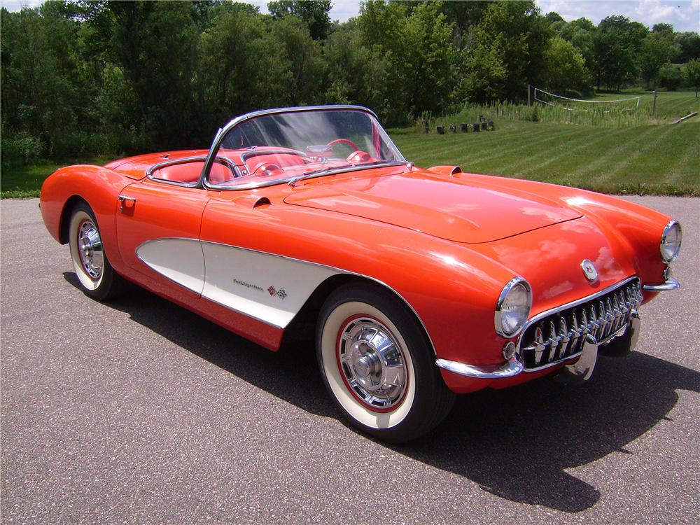 1957 CHEVROLET CORVETTE CONVERTIBLE - Front 3/4 - 96172