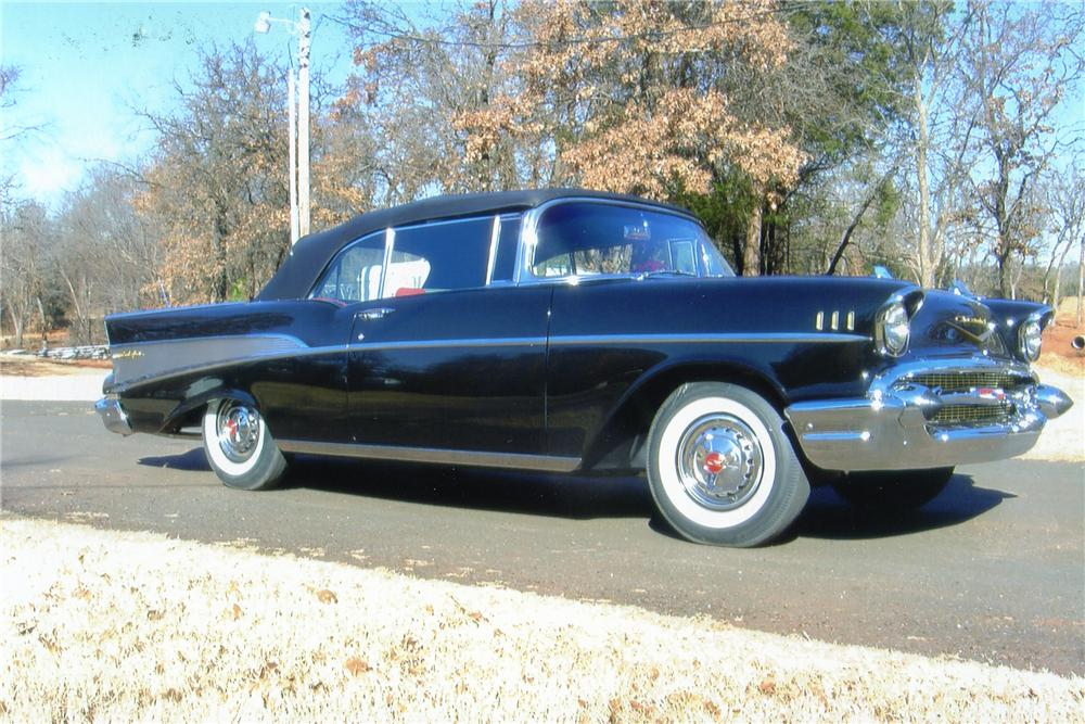 1957 CHEVROLET BEL AIR CONVERTIBLE - Side Profile - 96177