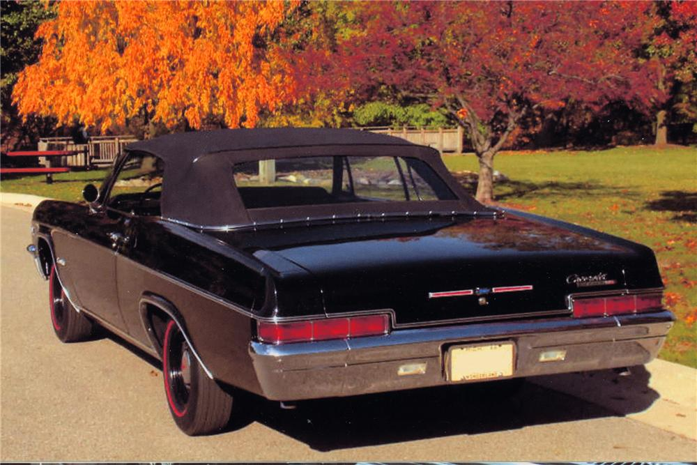 1966 CHEVROLET IMPALA SS CONVERTIBLE - Rear 3/4 - 96182