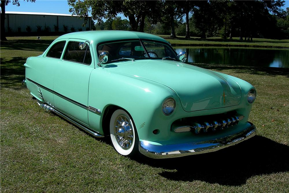 1950 FORD CUSTOM 2 DOOR SEDAN - Front 3/4 - 96191