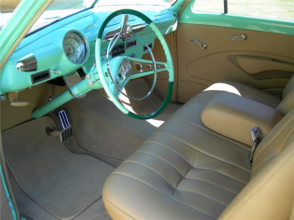 1950 FORD CUSTOM 2 DOOR SEDAN - Interior - 96191