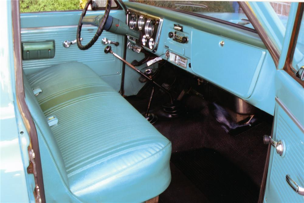 1971 CHEVROLET K-20 4X4 PICKUP - Interior - 96202