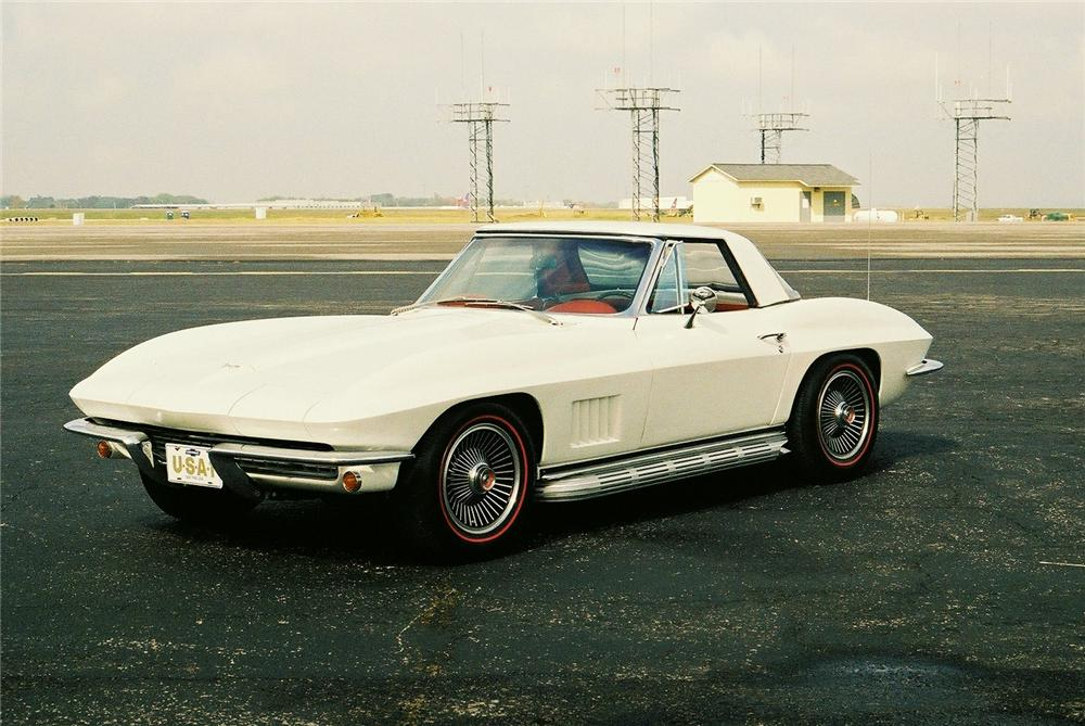 1967 CHEVROLET CORVETTE CONVERTIBLE - Front 3/4 - 96217