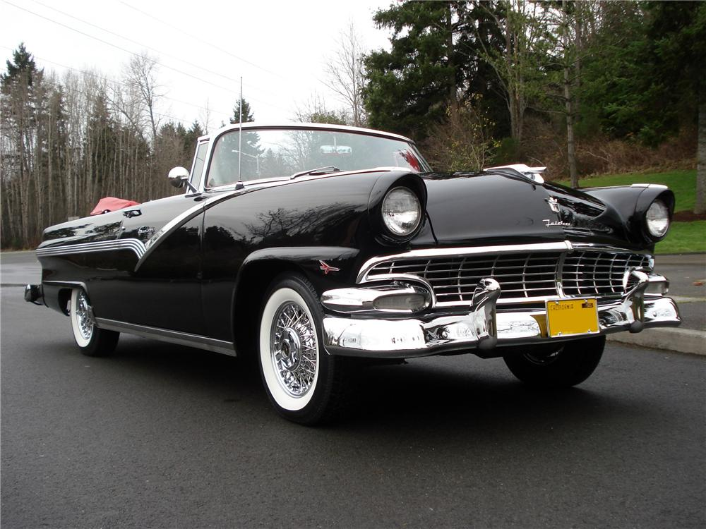1956 FORD FAIRLANE SUNLINER CONVERTIBLE - Front 3/4 - 96259
