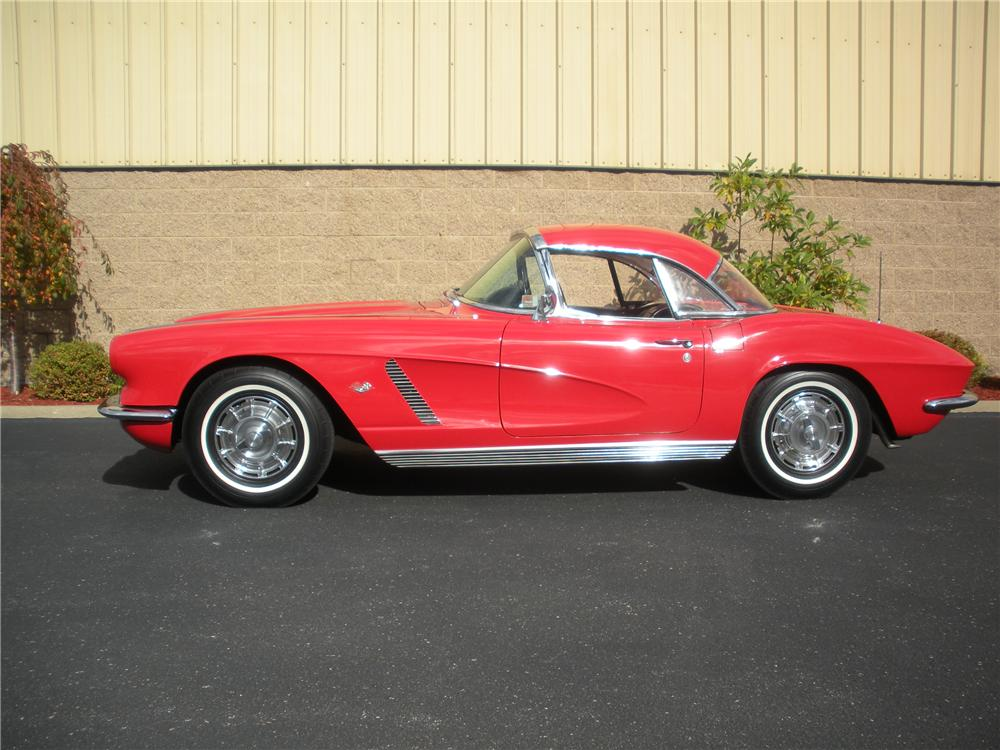 1962 CHEVROLET CORVETTE CONVERTIBLE - Side Profile - 96280