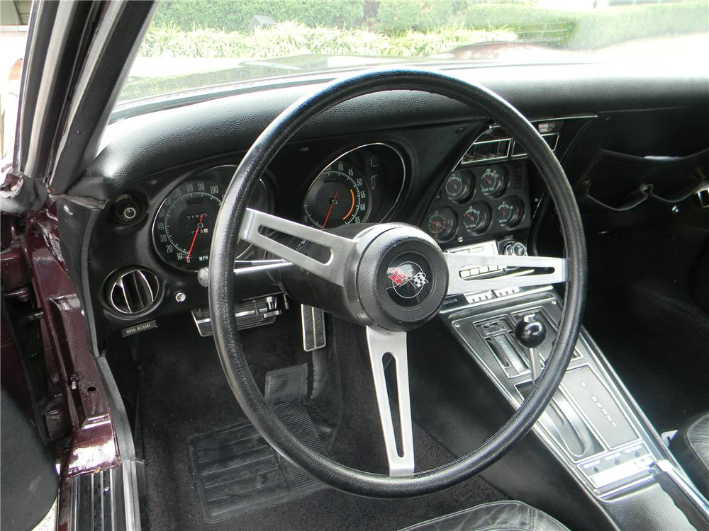 1969 CHEVROLET CORVETTE COUPE - Interior - 96286