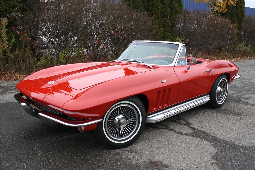 1965 CHEVROLET CORVETTE CONVERTIBLE - Front 3/4 - 96304