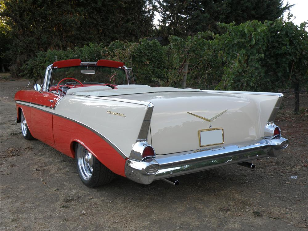 1955 CHEVROLET BEL AIR CUSTOM CONVERTIBLE - Rear 3/4 - 96311