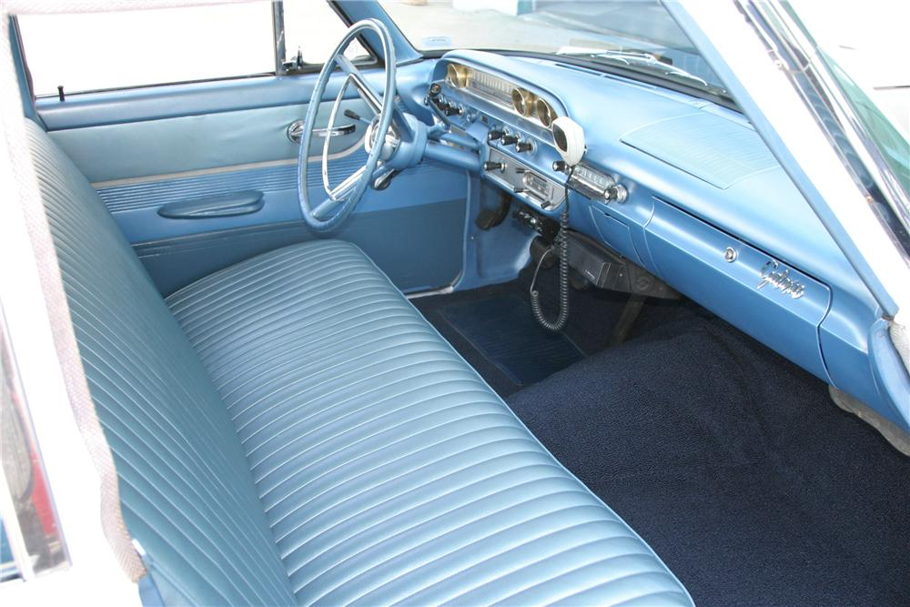 1962 FORD GALAXIE CUSTOM 4 DOOR SEDAN - Interior - 96317