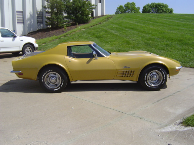1971 CHEVROLET CORVETTE CUSTOM 2 DOOR COUPE - Side Profile - 96318